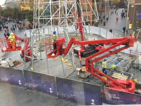 GGR Brings UK's Biggest Christmas Tree To Liverpool
